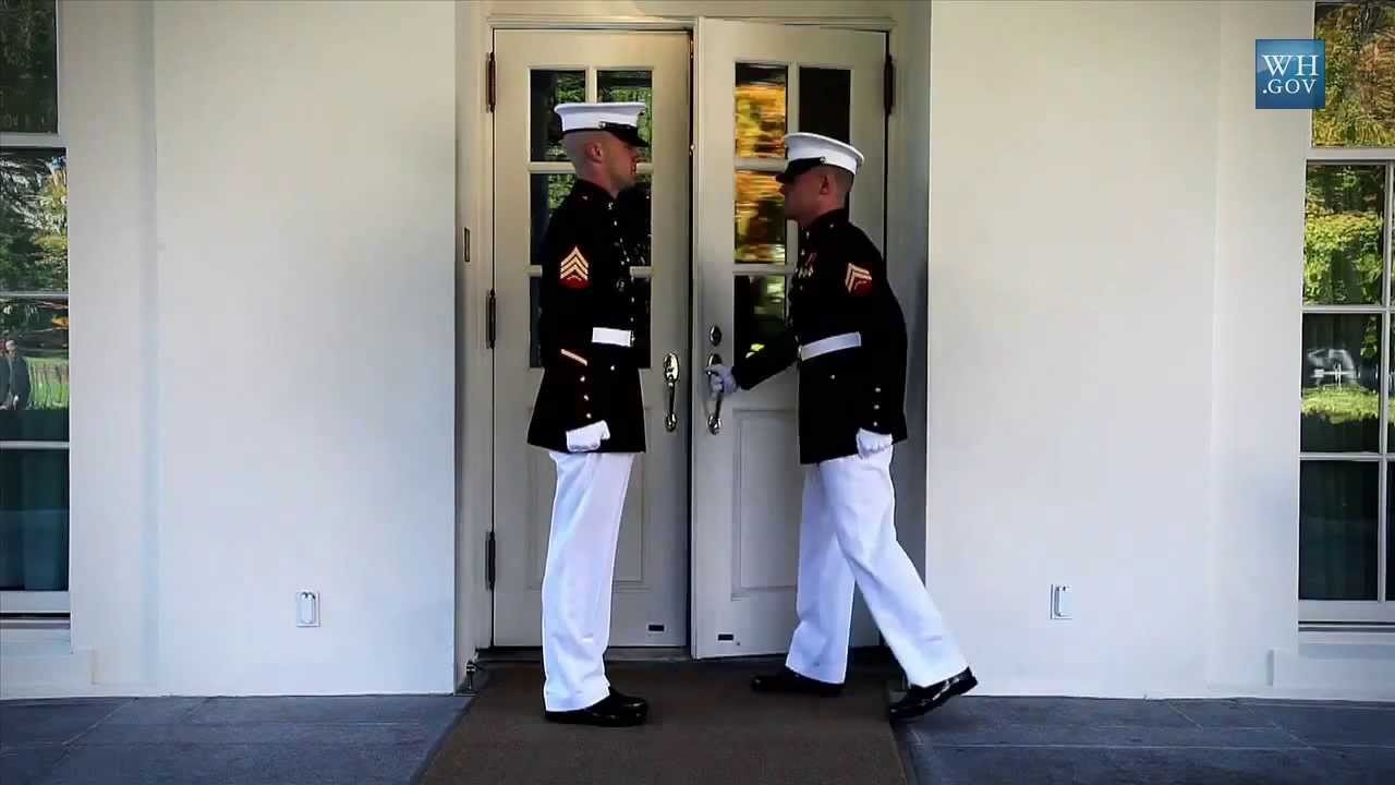 White_House_Guards.jpg